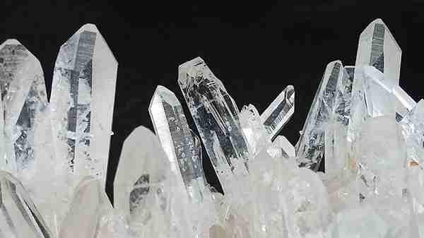 healing-crystals-